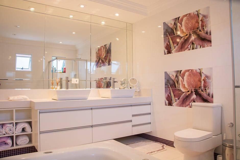 Pon en orden tu baño, ¿qué estilo prefieres?